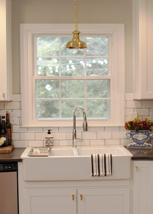 A Kitchen With Lewis Dolin Br Bar Pulls